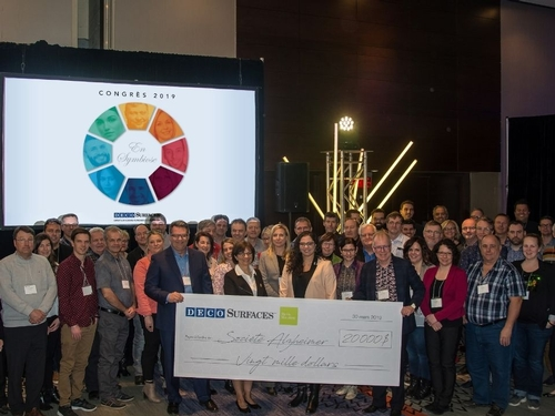 Déco Surfaces announces a new donation to the Alzheimer Society