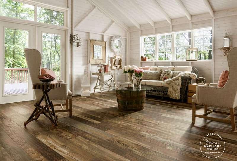 Les plancher flottant Castello qui ressemble à un bois de grange recyclé