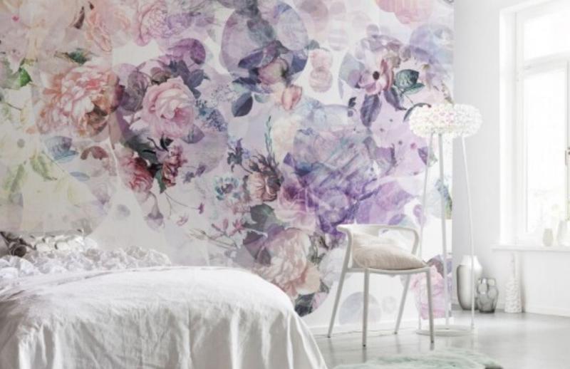 Papier peint coloré dans une chambre